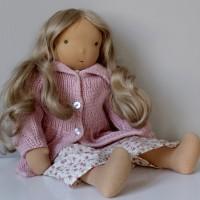 """Emilia (18"""" / 45 cm)"""