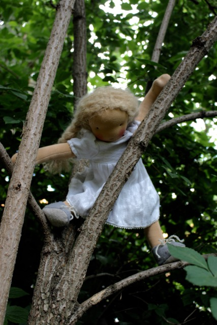feinslieb-Waldorf-doll_Margareta_05