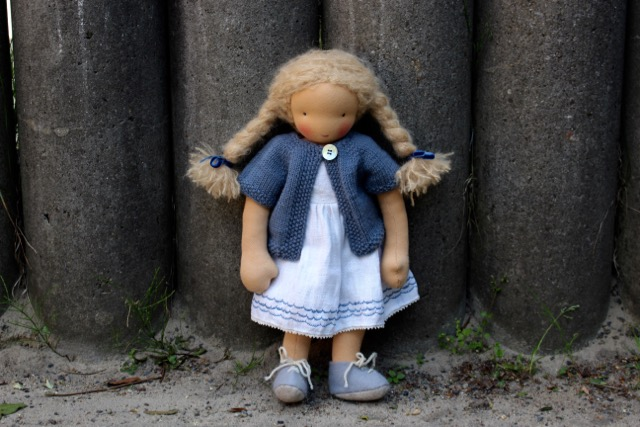 feinslieb-Waldorf-doll_Margareta_01