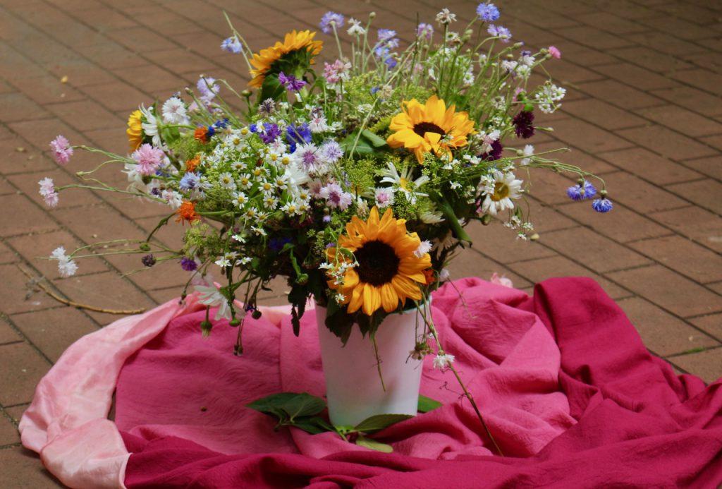 Sommerblumenstrauß Waldorf