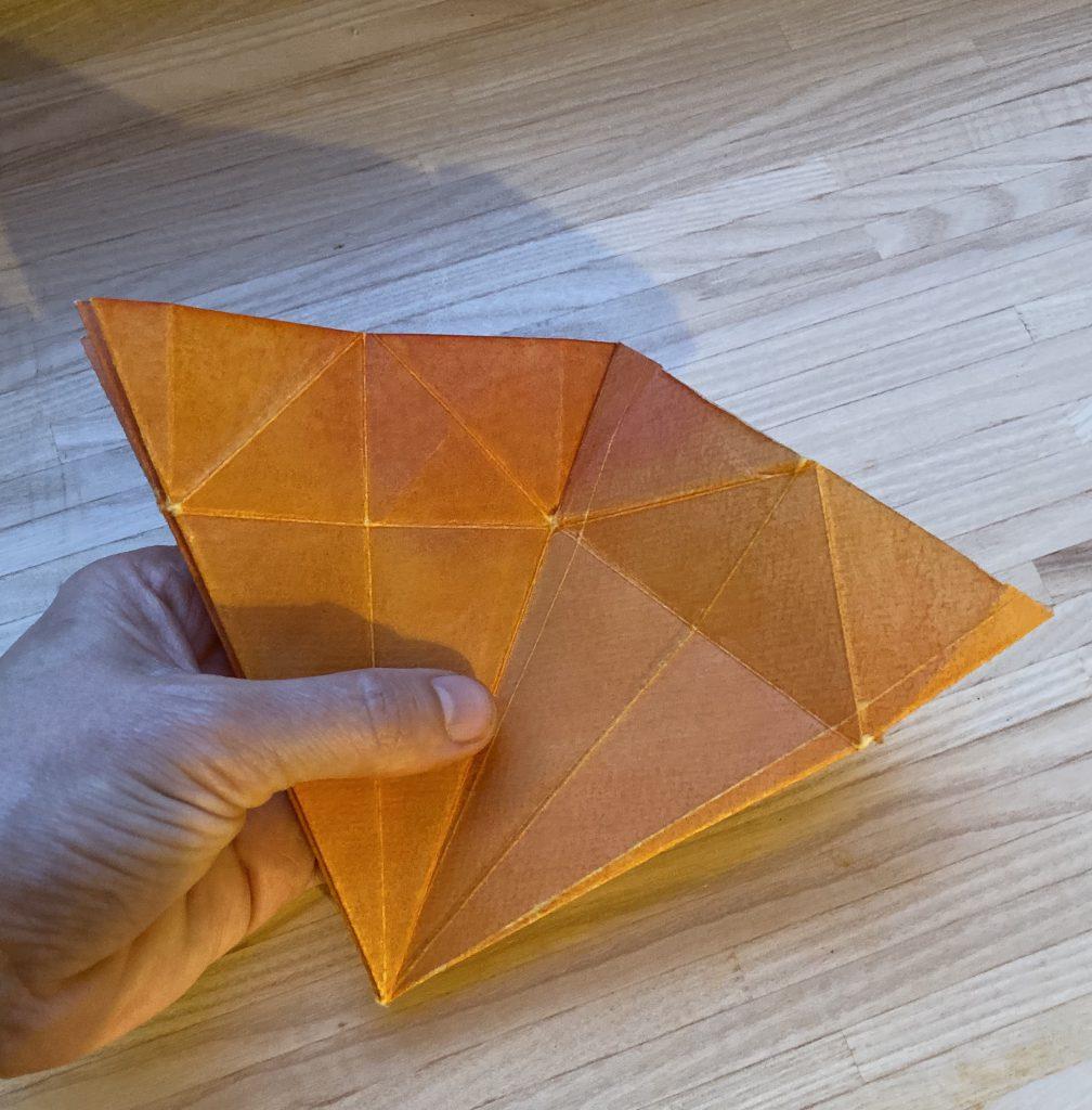 Waldorf Sternenlicht Anleitung: Papier zwei Dreiecke nebeneinander