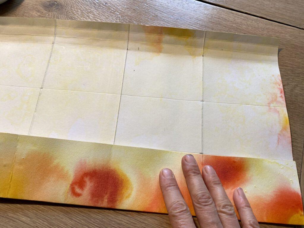 Waldorf-Laterne basteln Schritt 2, Papier falten