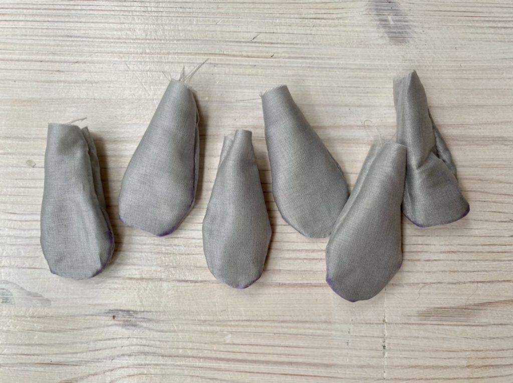 gewendete Schlafsäckchen für Weidenkätzchen-Blumenkinder