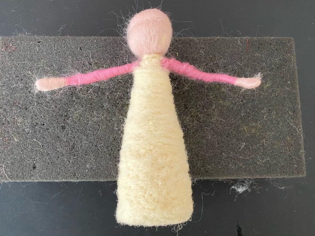 Körper/Kleid von gefilztem Blumenkind